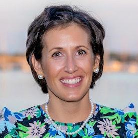 Photo of Elise Chard